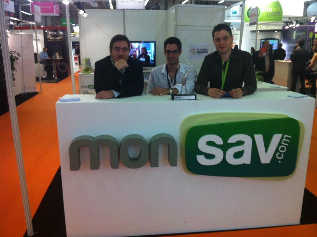L'équipe de monSAV.com lors du Salon E-Commerce 2011